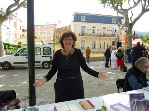 Collioure san jordi 2014 001.JPG