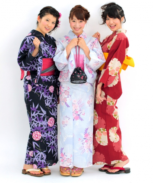 3femmes_yukata.jpg