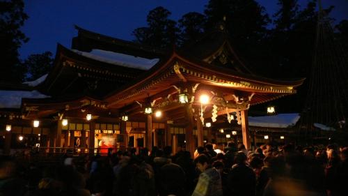 Hatsumode3-By-katsurada.jpg