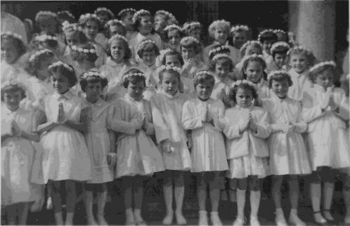 petite communion cl48 filles.jpg