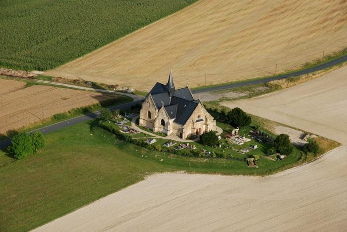 Eglise-St-Vaubourg vue aérienne.jpg