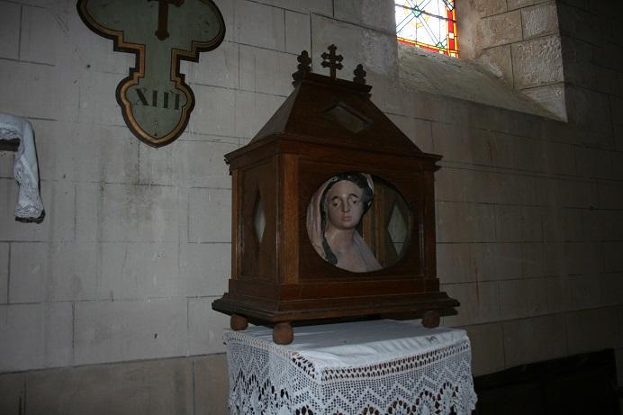 Sainte-Gemme reliquaire 1.jpg
