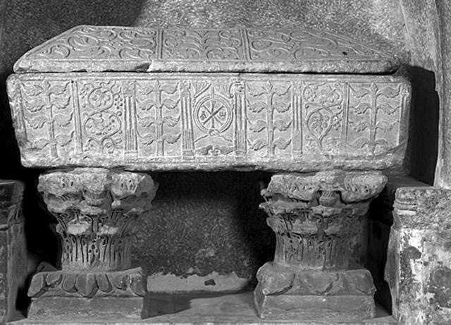 sarcophage des pyrénées