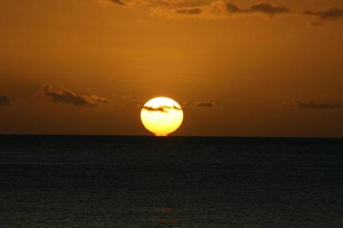 Coucher de soleil SAINT PIERRE4 MC.jpg