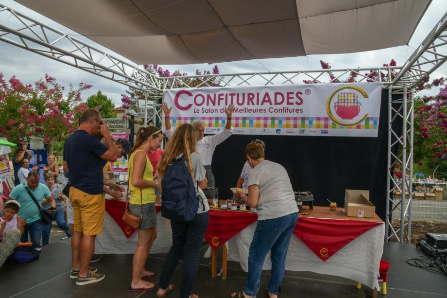 10 Crêpe party et confitures avec Bruno Oliver Droits Les Confituriades de Beaupuy.jpg