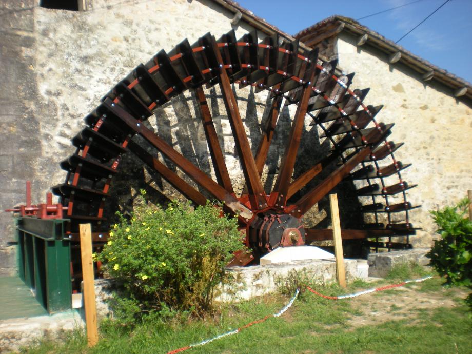 La roue de Forgeneuve terminée-2.JPG