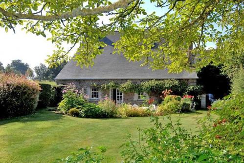 Chambres d'hôtes proches Dinan, St Malo et Dinard - La Renardais