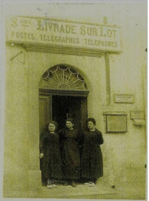 postières 1910.jpg
