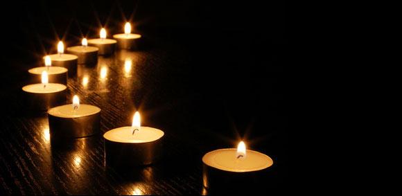 bougies-fond-noir.jpg