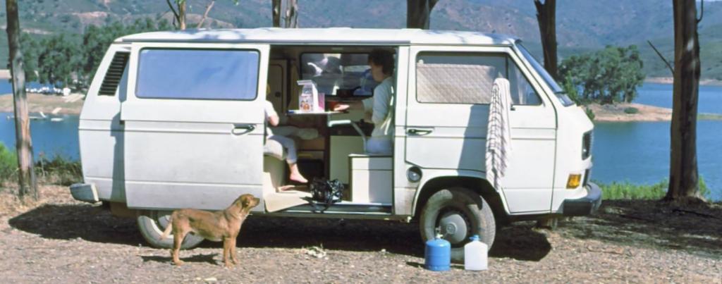 am nagement amovible transporter volkswagen t5. Black Bedroom Furniture Sets. Home Design Ideas