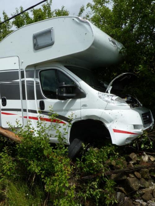 le-camping-car-accidente.jpg