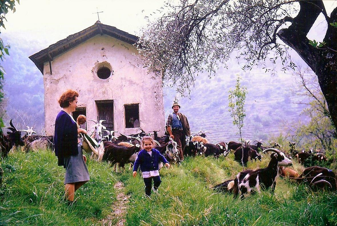05 Castou Chapelle(1964).jpg