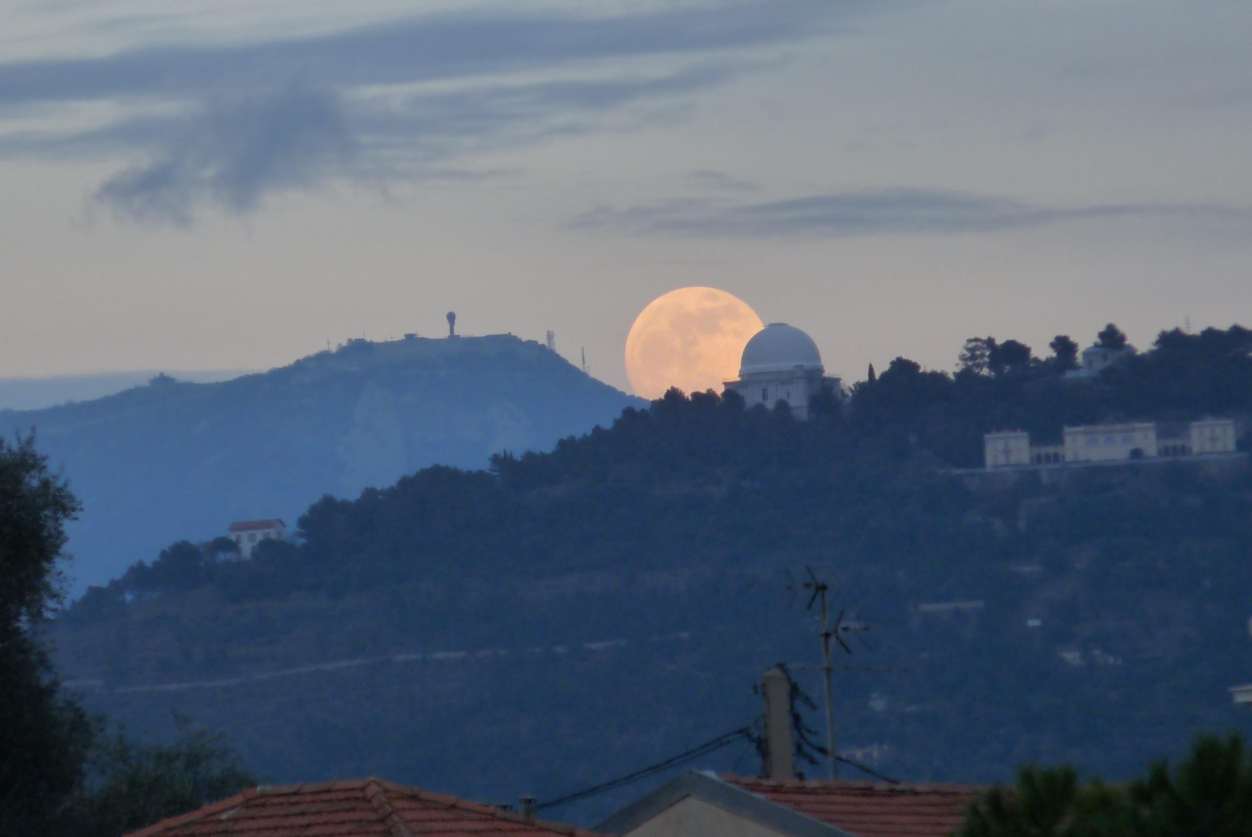 Lever de lune.jpg
