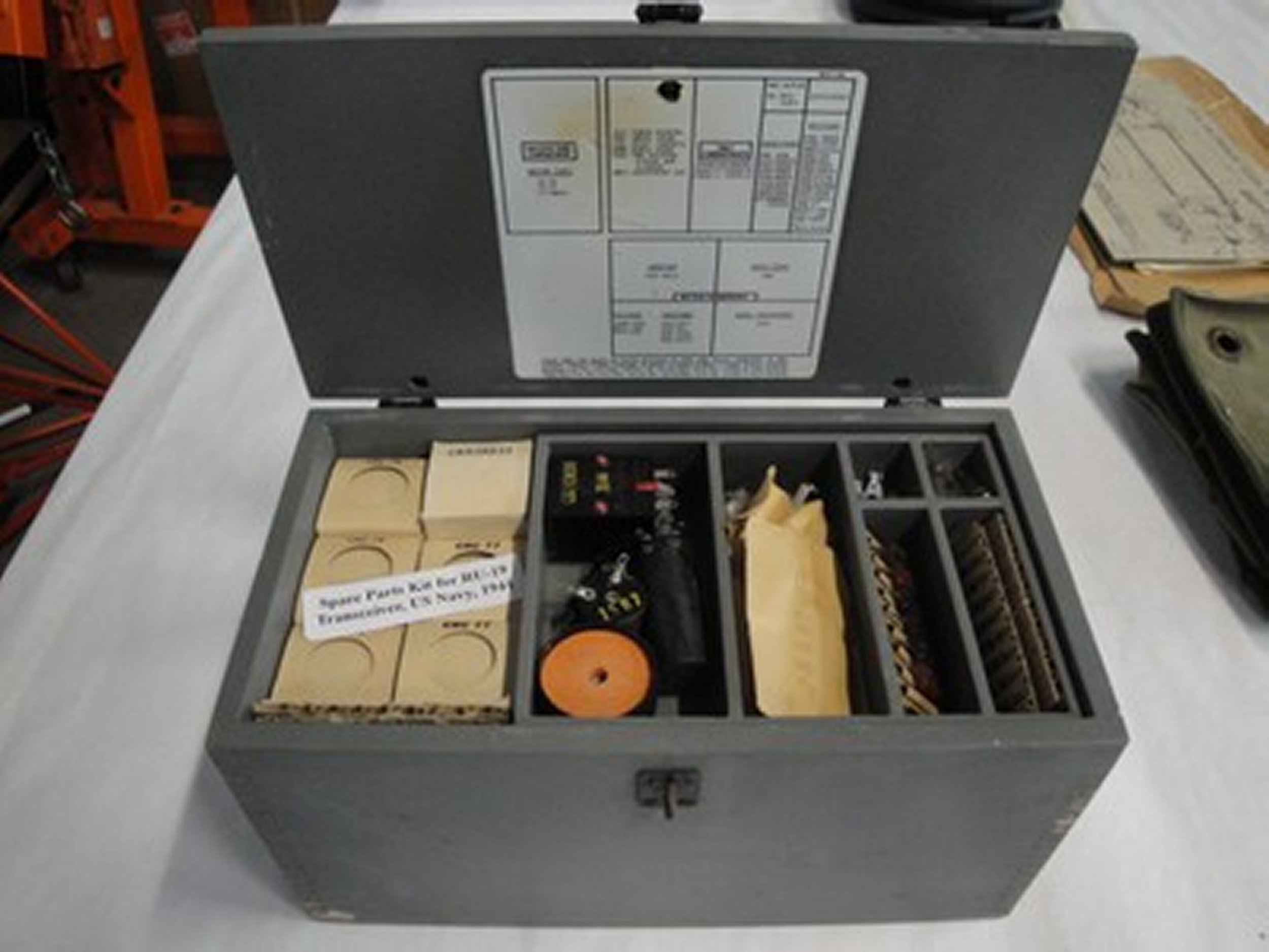 wwii-ww2-navy-spare-parts-kit-ru-19_1_21e14134820026419014992e20127b11.jpg