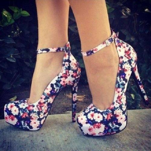 chauss fleurs.jpg