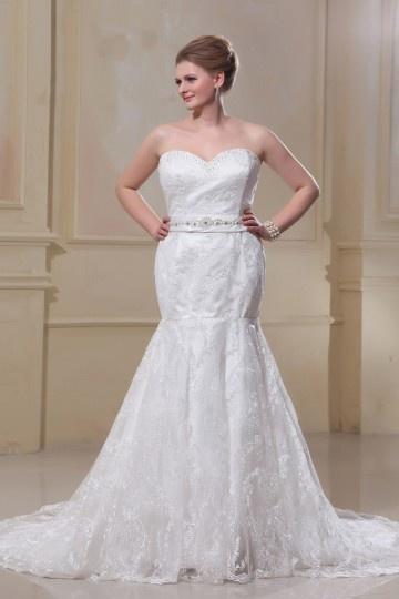 Robe de mariée grande taille trompette décolleté en coeur petits bijoux laçage en dentelle