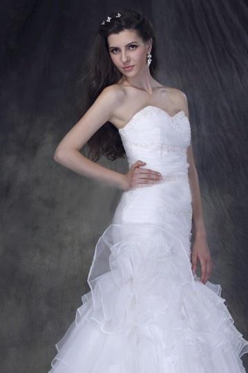 Robe de mariée sans bretelle sans manche décolleté en c?ur Trompette / Sirène à traîne Chapel