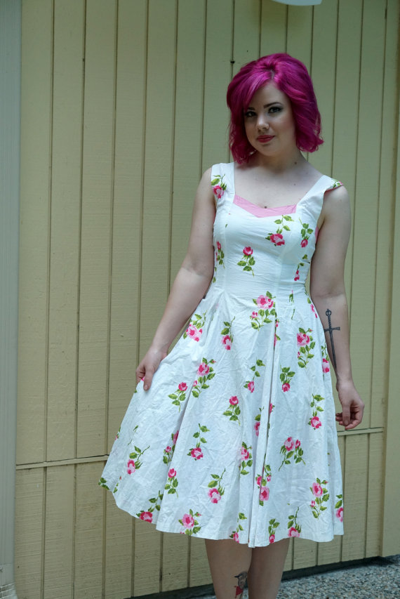 Vintage 50s day dress// Roses// Pretty summer dress