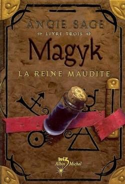 magyk-tome-3---la-reine-maudite-39164-250-400.jpg