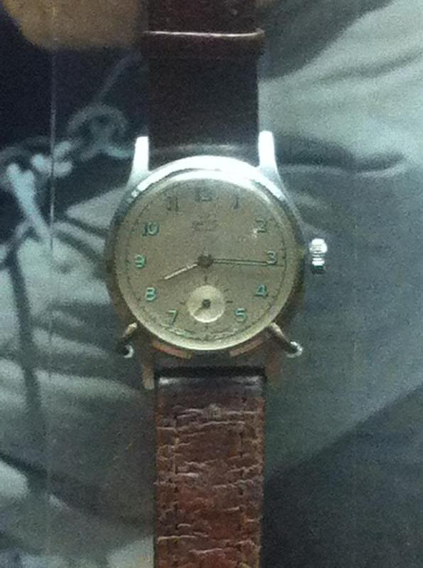 087_Smiths_Musee_montre.jpg