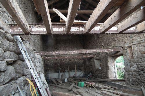 la démolition du plancher d'origine