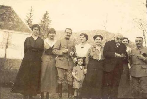 1916 Famille Vautrin Saulxures.jpg