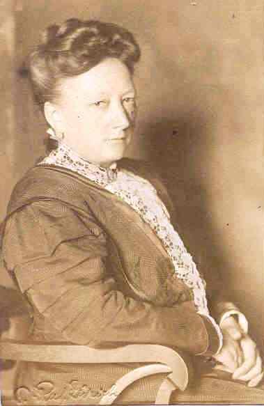 Boucher Lucie Recadre.jpg