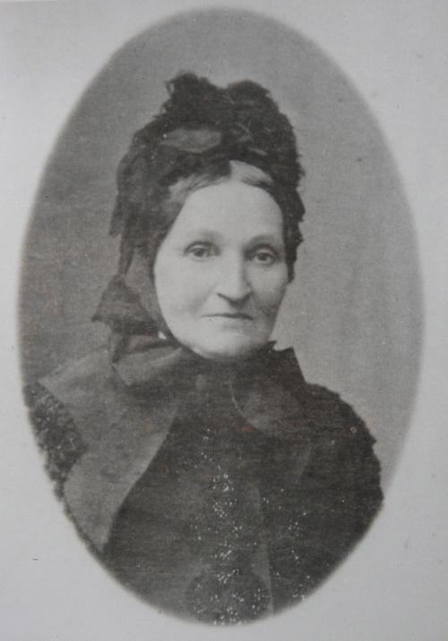 1860 Perrin Marie-Virginie nee Aubert Vers 1860 Recadre.jpg