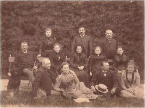 1891 Famille Perrin Adultes SEGOND Revu.jpg