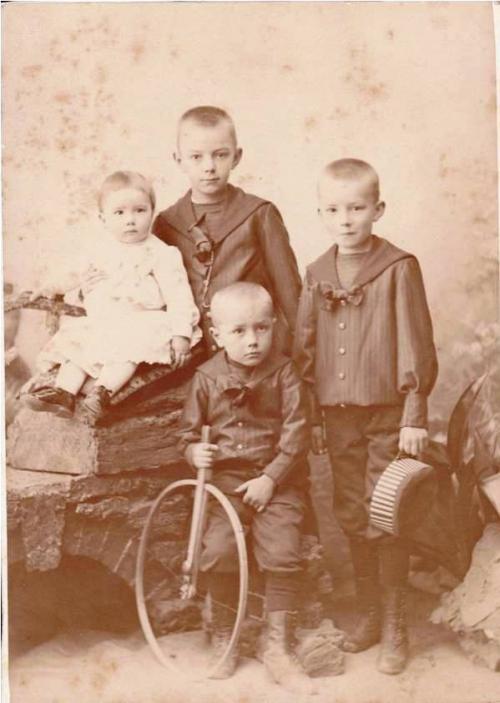 Image2 1888 Famille H Boucher.jpg