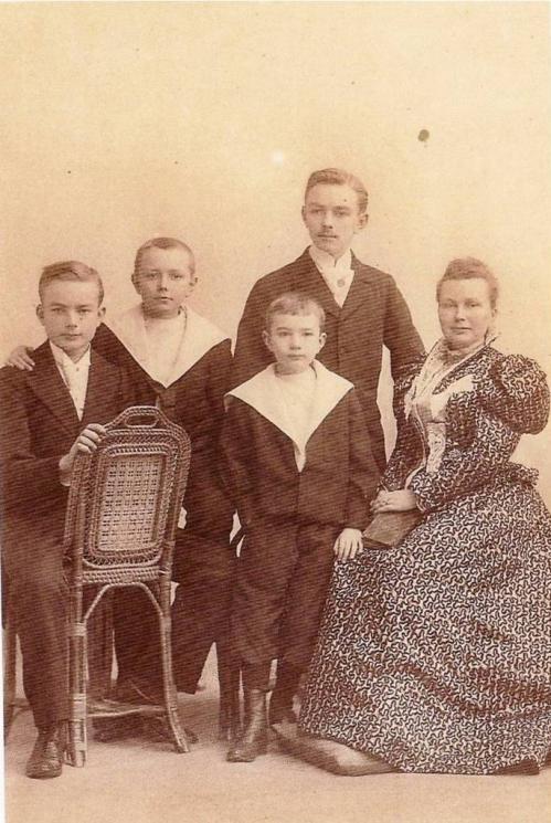 Image4 1896 Famille H Boucher.jpg