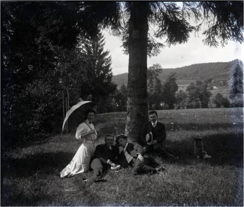 Image7 1909 Cousins Boucher Docelles.jpg