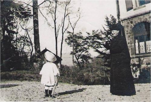 Image14 Marthe Boucher tenue deuil.jpg