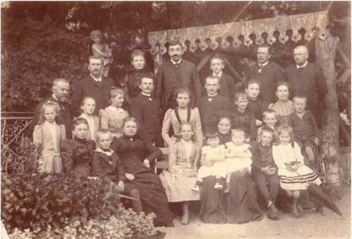 1891 Famille Perrin SEGOND Revu.jpg