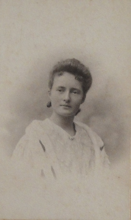1904 Marie Boucher janvier 1904 – 20 ans-DSC04830 RECADRE.jpg