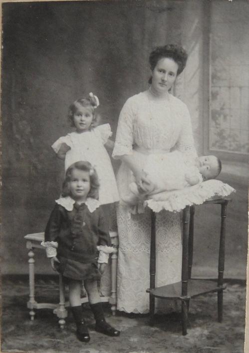 1910 André Noëlle Mimi et Robert Cuny-DSC04696 ROGNE.jpg