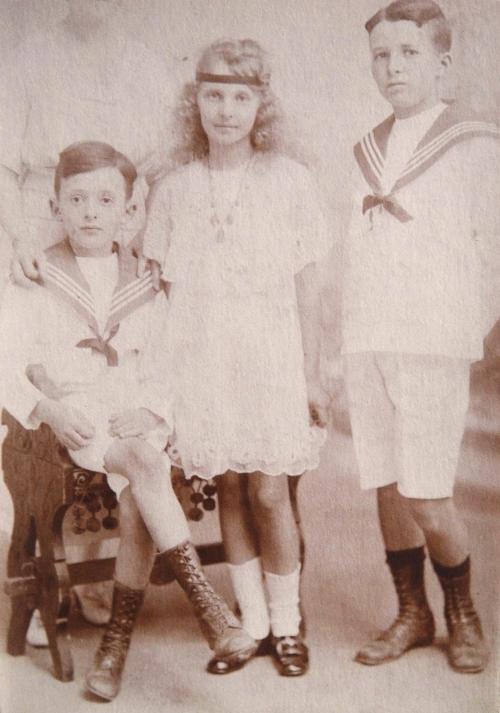 1919 Robert  Noelle et Andre Cuny-DSC04688 ROGNE REVU REROGNE.jpg
