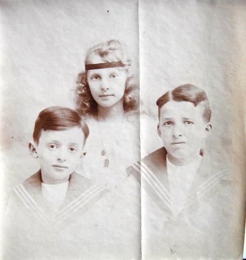 1919 Robert  Noelle et Andre Cuny-DSC04686 ROGNE CADRE.jpg