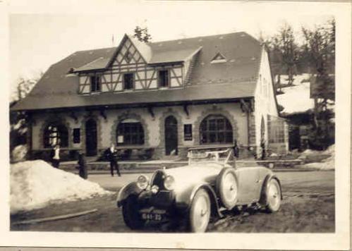 1931 La 1ere Bugatti et Andre a la Schlucht.jpg