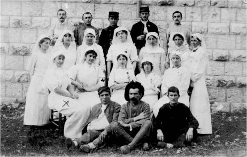Image3 Les infirmieres.jpg
