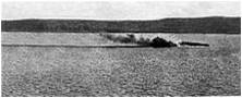 1915 Cuirasse Bouvet en train de couler.jpg