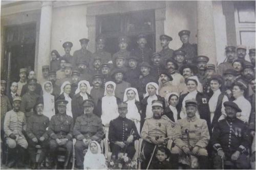 1915 Ambulanciers anglais aux Roseaux Image1.jpg