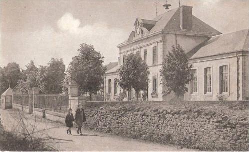 Image1 Ecole de village.jpg