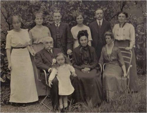 1913 Famille Vautrin 2 NEW.jpg
