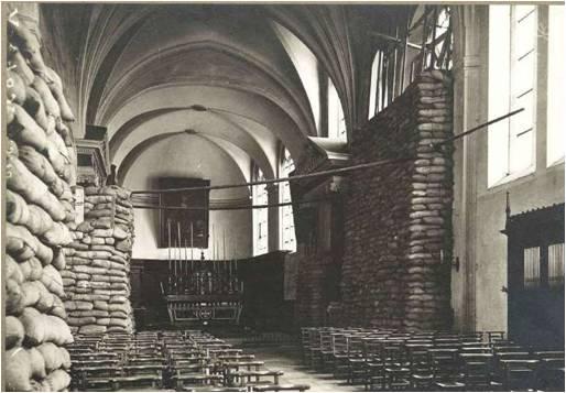 1915 Interieur eglise des Cordeliers.jpg