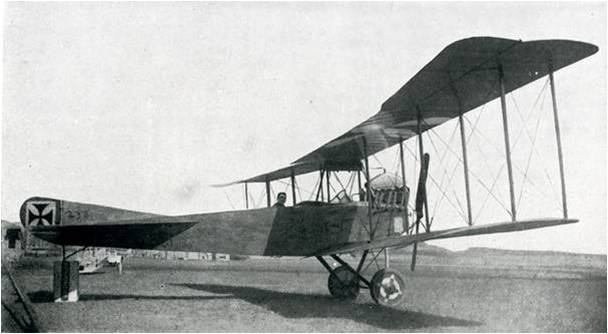 Paul Boucher 7-3 Image6 Avion.jpg