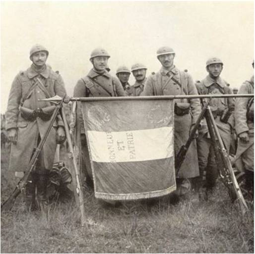 Paul Boucher 7-4 Image5 Garde au drapeau.jpg