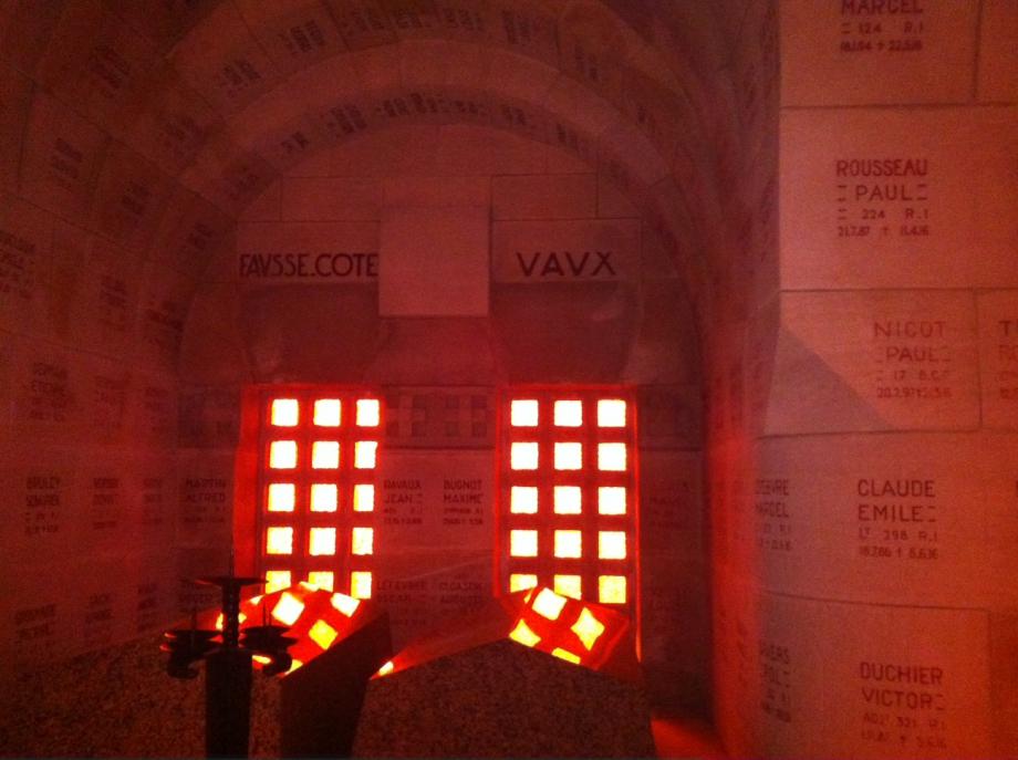 N°18 chapelle Vaux ossuaire.JPG