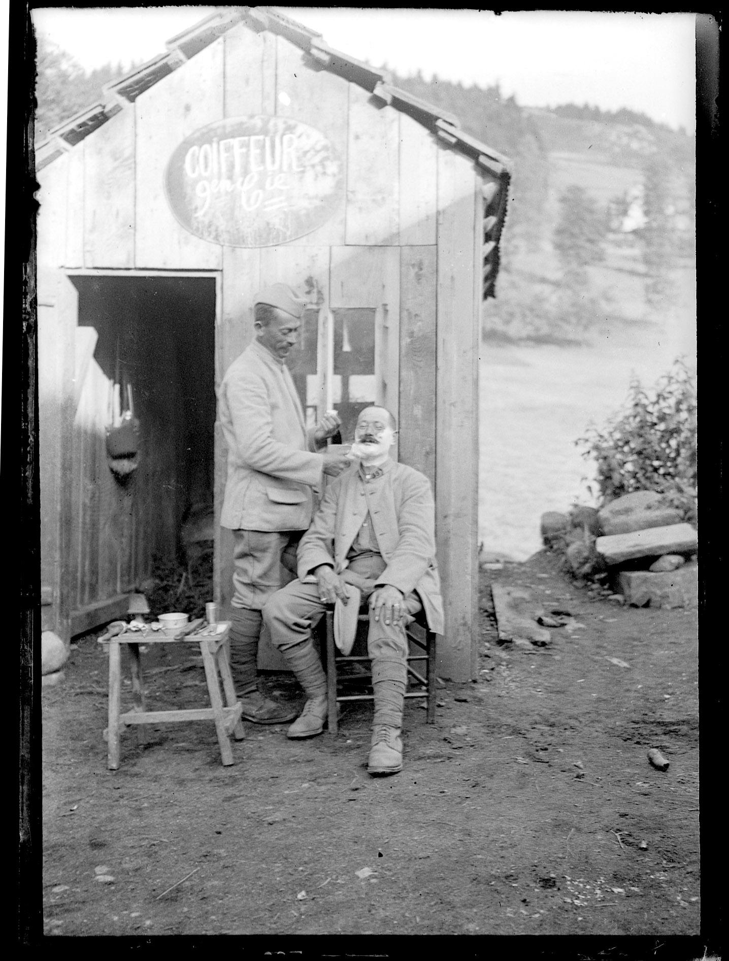 27 Chez le barbier.jpg