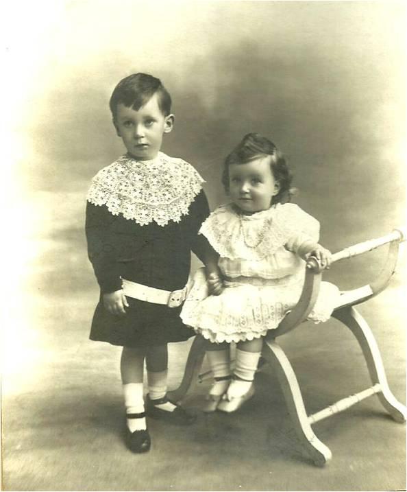1-2 1906 Deux enfants.jpg
